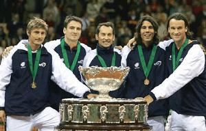Spain beats the USA - Davis Cup Final 2004