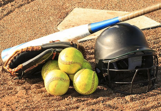Canadians promote softball growth